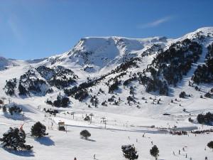 800px-Grandvalira_ski_resort,_Andorra5