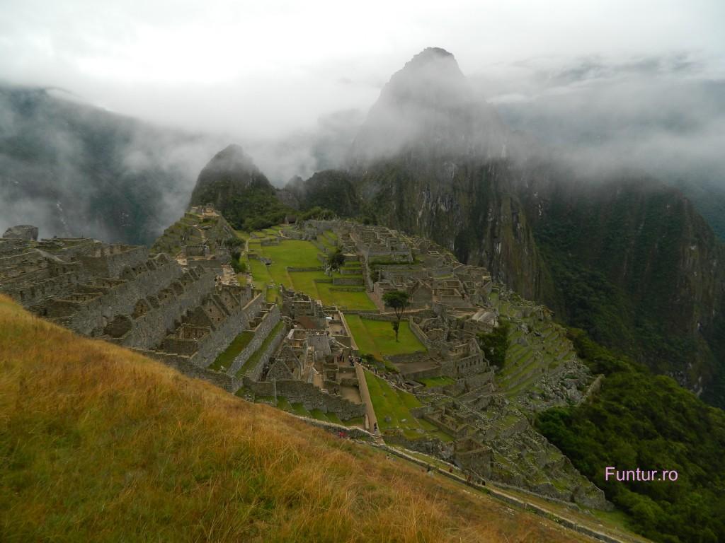 Se ridica ceata la Machu Picchu
